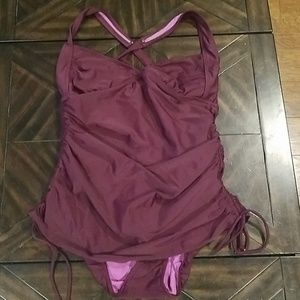 Athleta purple one piece bathing suit 36B/36C